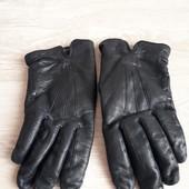 Утепленные черные кожаные перчатки / много лотов