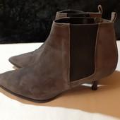 Полностью кожаные ботиночки Beoriginal, пр-во Италия, разм. 39 (25 см внутри). Сост. хорошее!