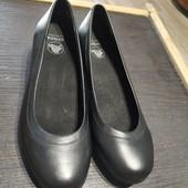 Новые фирменные туфли, пролет с размером