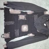 Красивая нарядная кофта, блуза, шифоновые рукава, есть поясок. Размер М, подойдет на L..