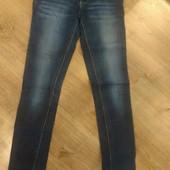Плотные джинсы хорошего качества,по приятной цене)))