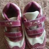 Кроссовки Том.м, очень лёгкие и удобные