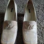 Туфли на устойчивом каблуке,кожа,р.41