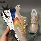 Классные и эффектные кроссовки 38 размер