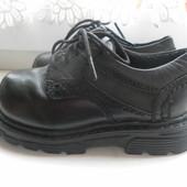 Кожаные туфли F& F состояние очень хорошее