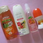 Косметический набор Avon: гель для душа,шампунь, лосьон-спрей для тела, дезодорант Эйвон