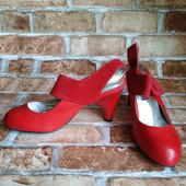 Лот 2 пары - черные и красные! Женские туфли Chanel, производитель Франция. р.37 - 23,5 и 23,3 см.