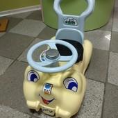 """Машинка толкатель"""" Cam """" для малышей до 2 года"""