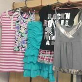 2фирменных платья на девочку 9-13лет+подарки все что на фото