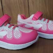 Детские кроссовки на девочку р-ры 30,34,36,37.Последние размеры!!!
