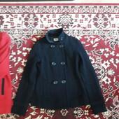 Пальто, пальто, дубленка, капюшон (есть фирменные и нет).