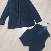 Отличный комплект пиджак + жилет!