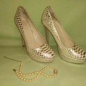 Шикарные туфли San Marina Португалия.Кожанные.25,5по стельке