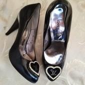 Шикарные женские туфли Louis Vuitton Париж. Размер 39 - 24,5.