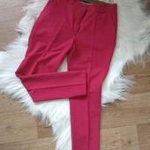Брюки женские красного цвета со стрелками, укороченные, размер м