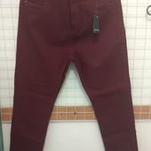 Супер джинсы, редкий цвет и размер.
