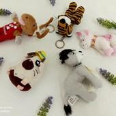 Мелкие игрушки и брелки одним лотом