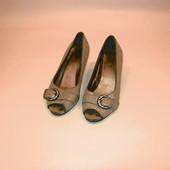 Женскии туфли