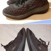 Черные текстильные кроссовки Nike, разм. 37 (24 см ст.) Нюанс.
