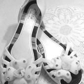 Летние гелевые туфельки 39-40 р.со стелькой 25,5 см.