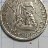 Монета Португалии 2.5 эскудо 1985 год, каравелла !!!