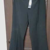 Фирменные новые красивые брюки р. 12-14 цвет черный
