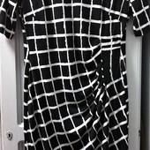 Очень хорошенькое платье из Америки. Состояние отличное. Р-р 16
