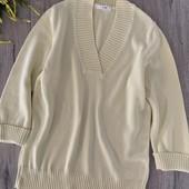 Женский свитер. Размер m, l. В хорошем состоянии.