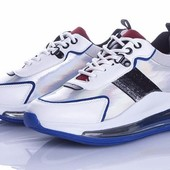 Модные популярные кроссовки на прозрачной платформе 38,39 р