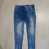 Стрейчеві джинси узкачи, тонкі і плотні, дорогі, Турція. Стан нових.