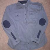 Красивая фирменная рубашка, состояние новой