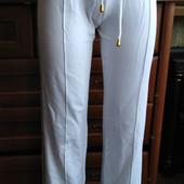 Женские трикотажные штаны. Размер S.