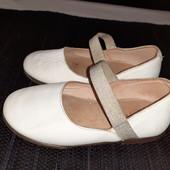 Полностью кожаные белые балетки Zara Baby, разм. 22 (14 см внутри). Сост. отличное!