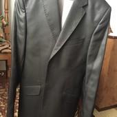 Чоловічий костюм( одягався 1 раз)