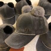 Дуже класні весняні кепки!В наявності всі розміри