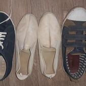 в лоте три пары обуви в хорошем состоянии стелька 25см