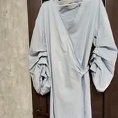 Фирменное красивое оригинальное коттоновое платье на запах в хорошем состоянии р.14-18