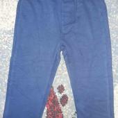 Фирменные утепленные спортивные штанишки. OVS. Италия. На рост 92 см