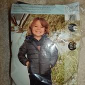 легкая стеганая куртка на мальчика от impidimpi. Есть изъян!