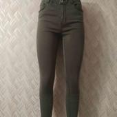 Летние укороченные джинсы с высокой посадкой