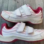 Классные легкие кроссовки Essensole 32 размер стелька 20 см