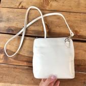 Кожаная белая сумочка.Италия
