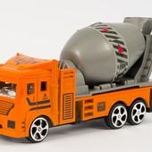 Машинка инерционная - бетономешалка. Размер - 14 см