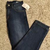 Класические джинсы, бренд H&М размер 128 (новые, с бирками)