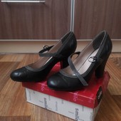 Элегантные туфельки на низком каблуке Centro