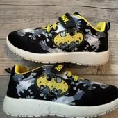 Крутые кроссовки Batman 29 размер стелька 18,5 см