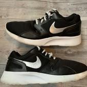 Кроссовки Nike оригинал 38,5 размер стелька 24,5 см