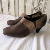 Шкіряне взуття дуже класні на ніжці