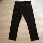 Фирменные мужские коттоновые джинсы в состоянии новой вещи р.L на пот-43-44,5, поб-55-56