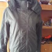 Куртка спортивная с высоким воротником и манжетами. внутри шерпа, размер S, Superdry. состояние отли